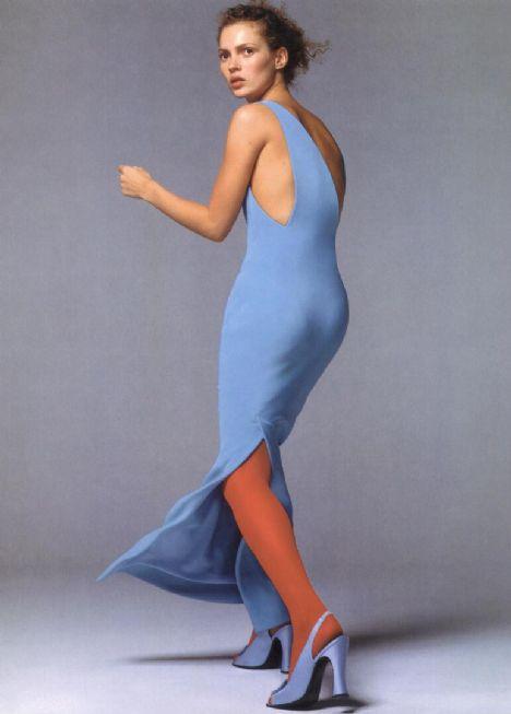 Kate Moss Erkeklere göre Kate Moss fazla zayıf olması nedeniyle seksi değil...
